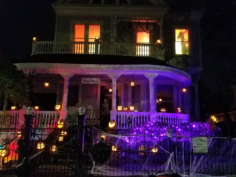 behind the scenes the fire witch pumpkin scene ghost manor